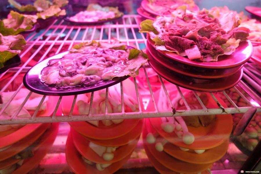 [八德美食]三好美平價火鍋~愛買附近平價石頭火鍋.食材新鮮想吃什麼自己動手拿 @VIVIYU小世界