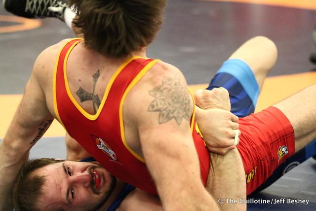 65kg: Jaydin Eierman (Titan Mercury) vs Logan Stieber (Titan Mercury). 180520AJF0075
