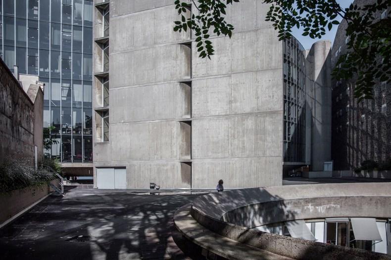 mm_French Communist Party Headquarters design by Oscar Niemeyer_10