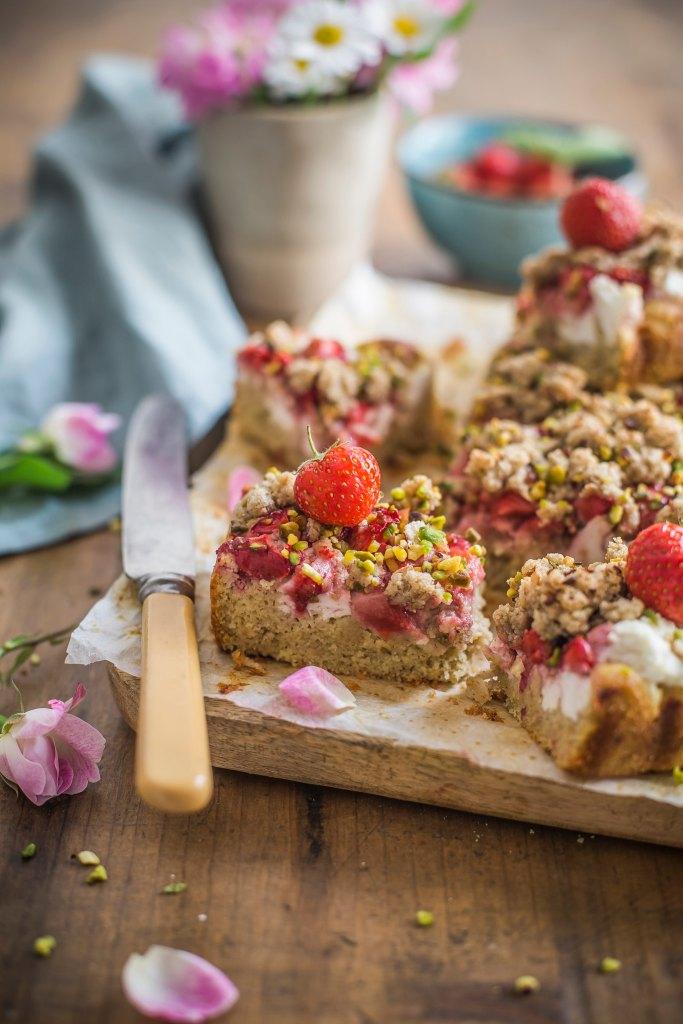 Crumble cake con ricotta e fragole - senza zuccheri aggiunti
