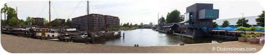 Veilinghaven y al fondo el Merwedekanaal