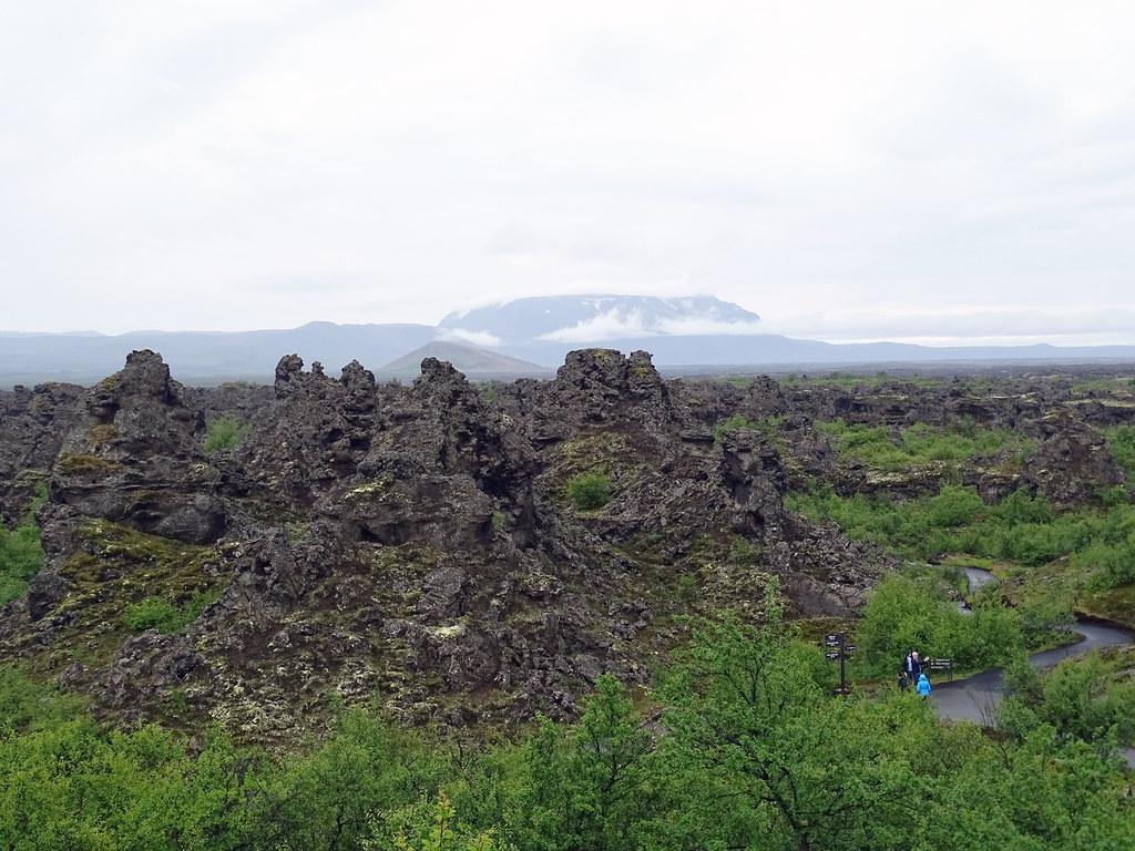 Formación de lava en Dimmuborgir Islandia 11