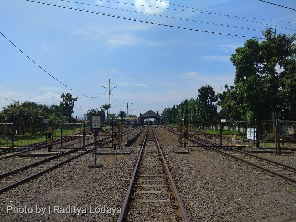 Foto Jalur Rel Mati Bandung (Kiaracondong-Karees): Emplasemen Stasiun Kiaracondong