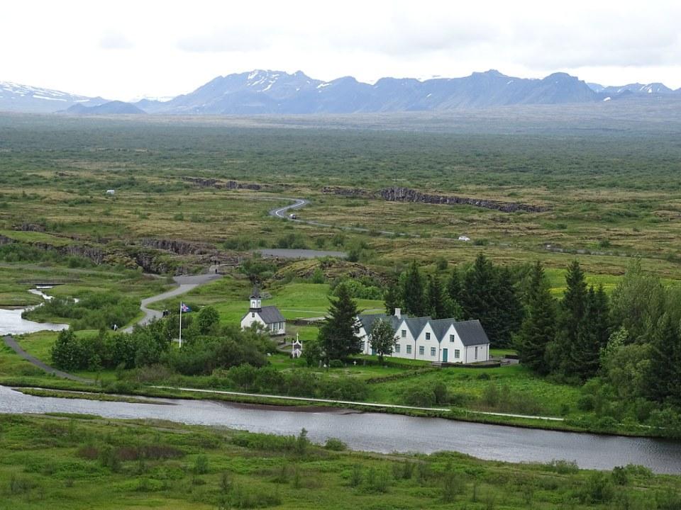 Parque Nacional Thingvellir edificios Islandia