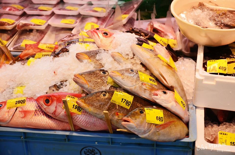那霸泊港魚市場07.JPG