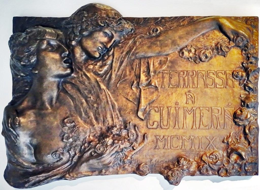 Relieve Terrasa a Guimera MCMIX 1909 escultura Museo Pablo Gargallo Zaragoza