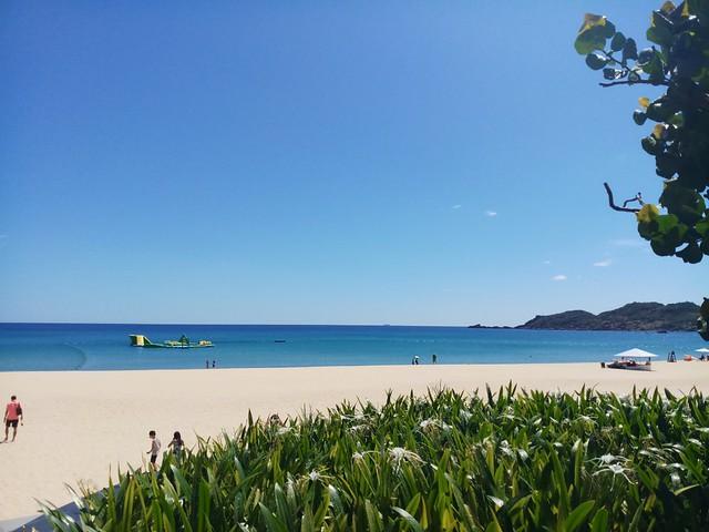 Biển xanh cát trắng tinh. Một nơi nghĩ dưỡng tuyệt vời