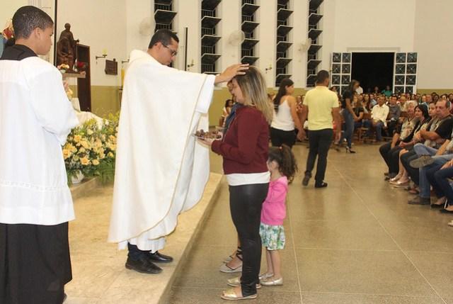 Santa Missa Solene dos 53 anos da Paróquia Sagrada Família e encerramento dos Festejos