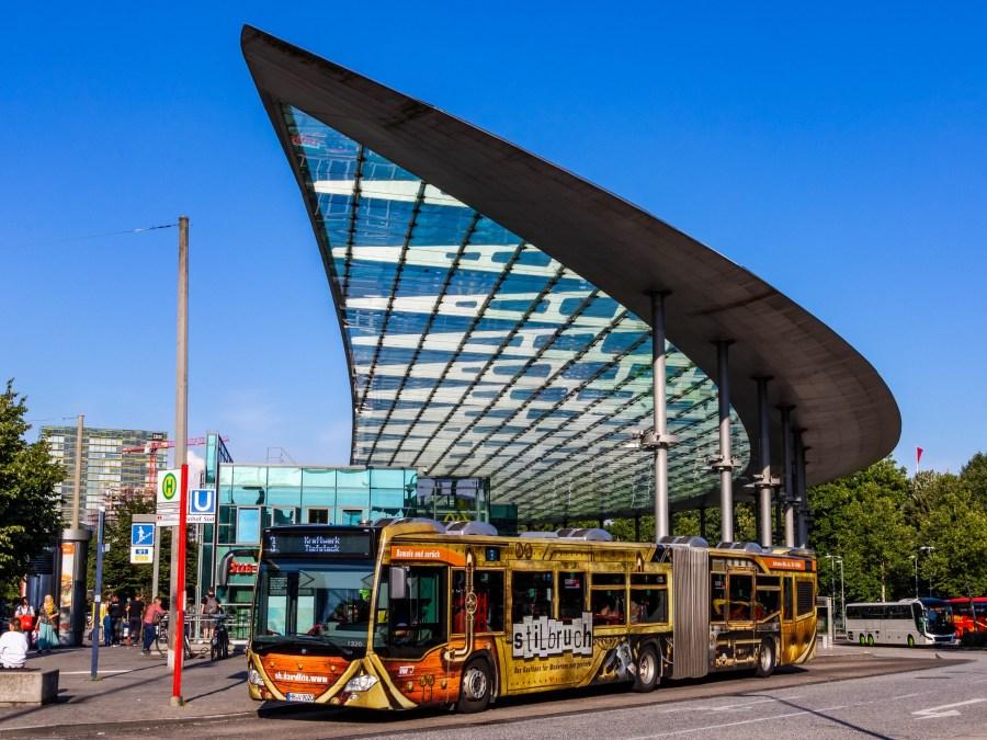 Met de bus naar Hamburg, foto door lukas.sydney   Standort Hamburg