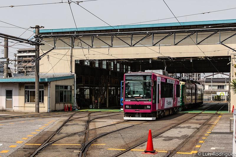 Linea-Toden-Arakawa-Tokyo-Sakura-Tram-32