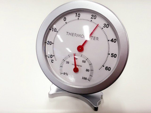 熱中症対策に必要な温湿度計