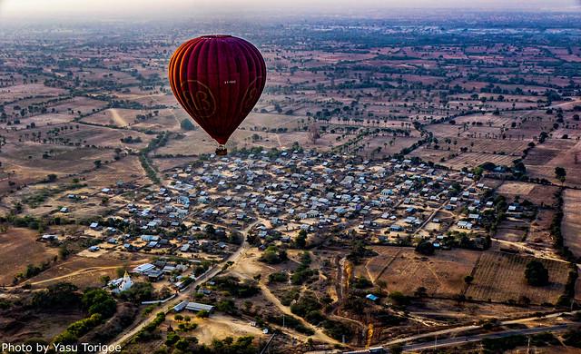 Balloons Over Bagan Myanmar-26aa