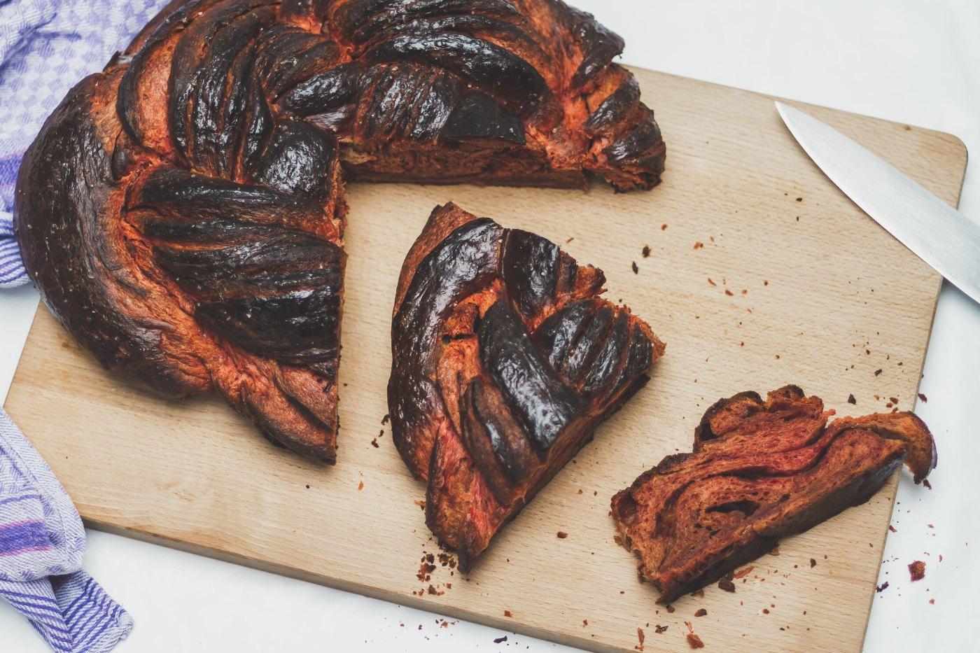 red beet brioche croissant knot