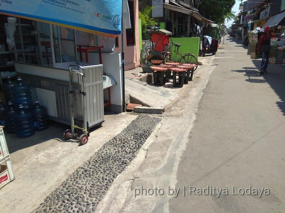 Foto Jalur Rel Mati Bandung (Kiaracondong Karees) 32 - Rel tak lagi terlihat