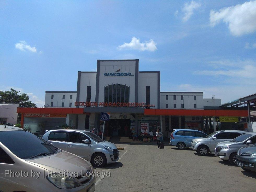 Foto Jalur Rel Mati Bandung (Kiaracondong-Karees): Stasiun Kiaracondong