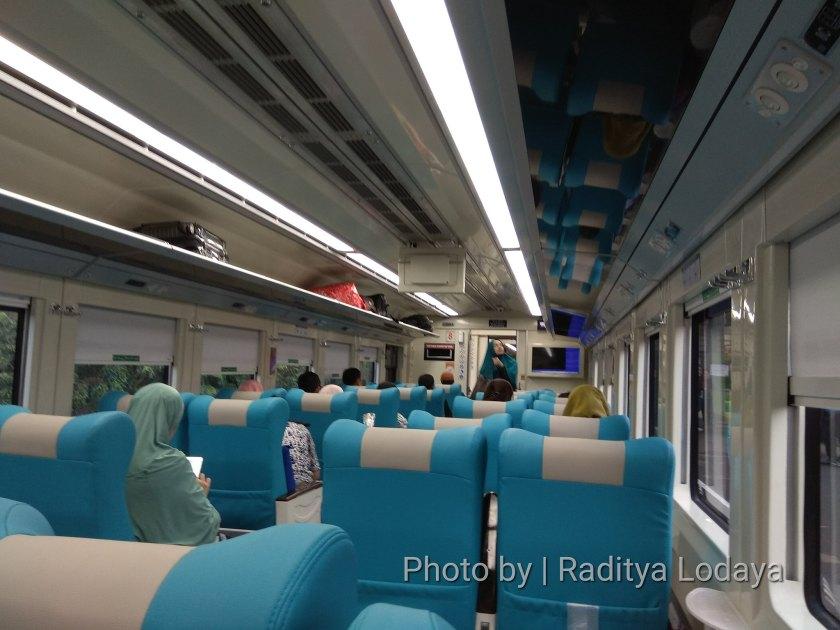 PLB Kereta Api Argo Parahyangan Tambahan Stainless Steel (3/6)