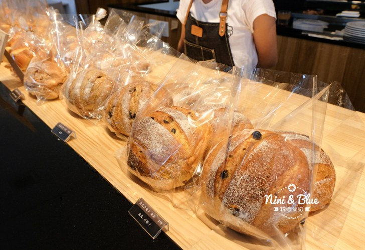 42949923082 03eda489a7 b - 說書旅人,手作麵包咖啡館,手感麵包限量出爐