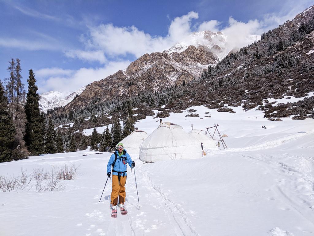 Skiing out of Ak-Suu yurt village