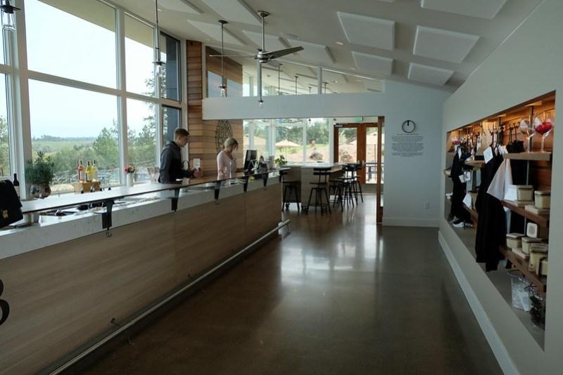 Iron Hub Winery   Wine Tasting Amador County
