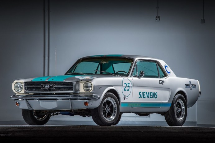ad423c0c-siemens-ford-mustang-goodwood-2