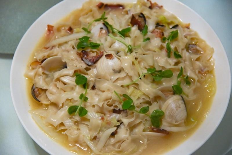 taiwan noodles - madame fan
