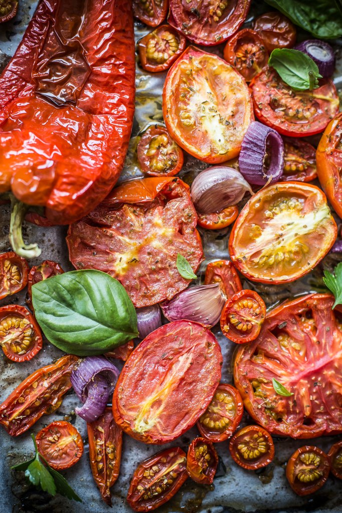 Pomodori e peperoni arrosti