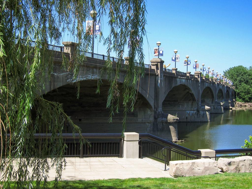 Former US 40 bridge
