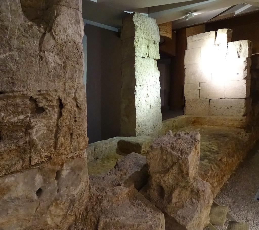 Museo estructuras del Puerto Fluvial Caesaraugusta Zaragoza