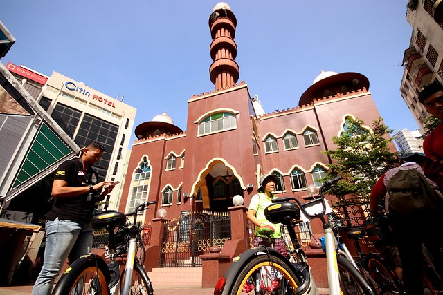 Bike with Elena - Masjid India