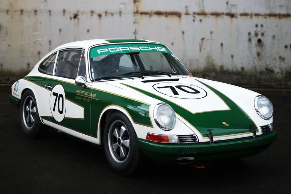 Porsche-911-Classic-01