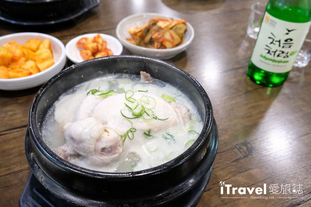 首尔美食餐厅 北村百年土种蔘鸡汤 (22)