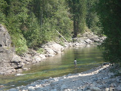 Fluss - Bild von Flickr-User nicodeemus1 (CC BY-NC-ND 2.0) - Für Mehr Infos Bild anklicken