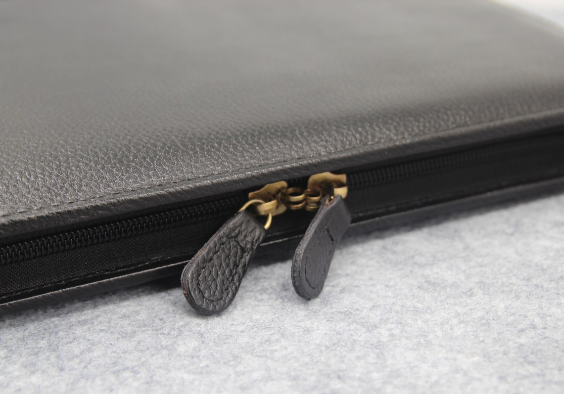 Yak 24 pen case