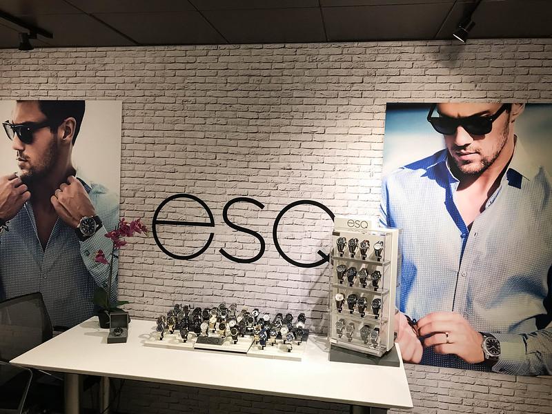 ESQ Freestanding SEG Fabric