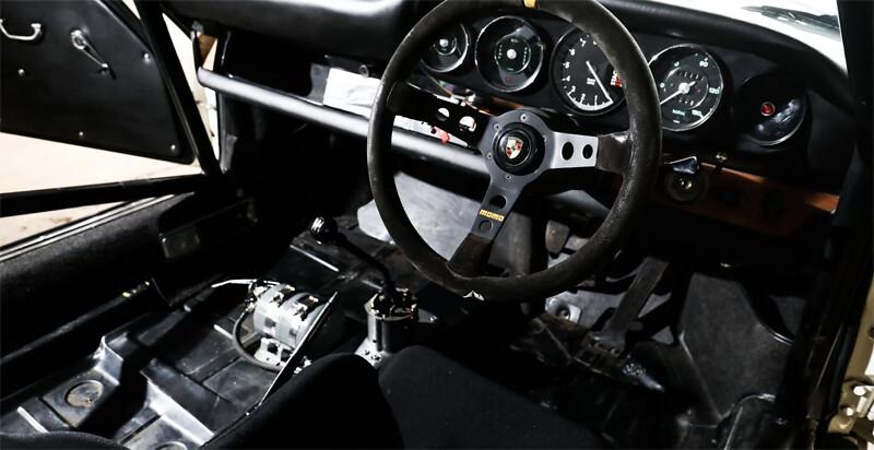 porsche-911-race