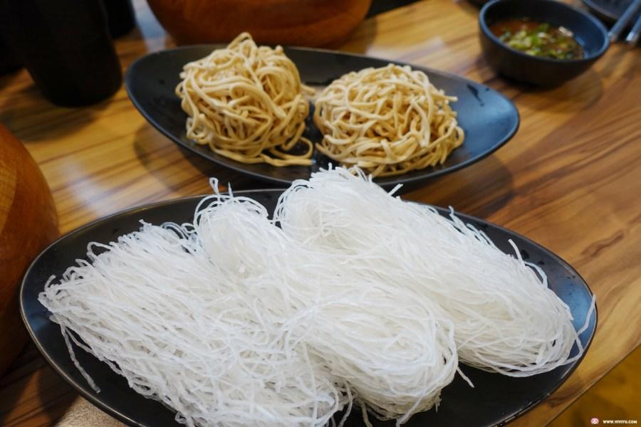 [桃園美食]牧石鍋物 Mushi Shabu-Shabu~大興路上頂級鴛鴦火鍋.嚴選高級肉品與新鮮海鮮.主廚特製沙茶醬超對味 @VIVIYU小世界