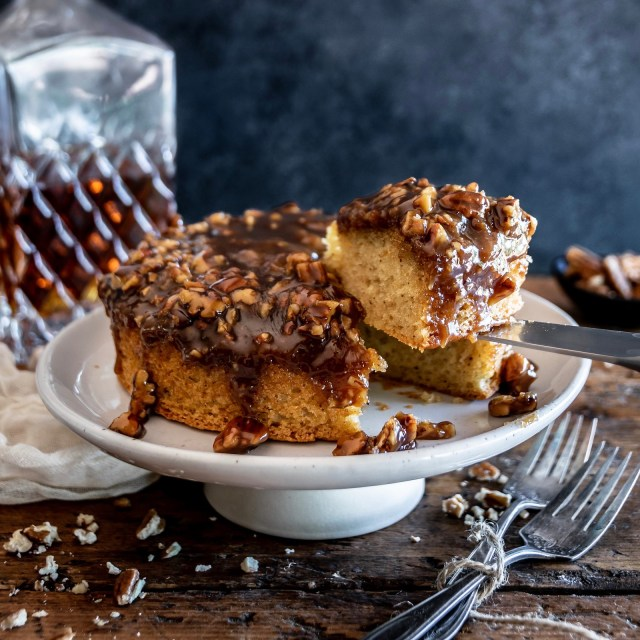 bourbon pecan pie upside-down cake