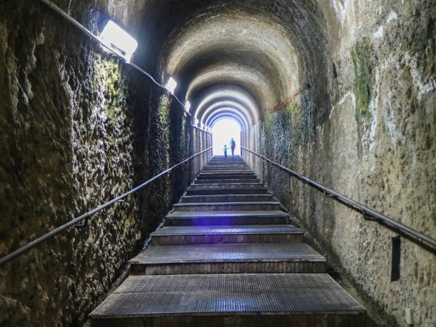 Túnel en Herculano