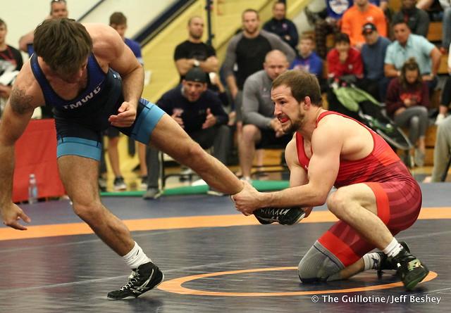 65kg: Jaydin Eierman (Titan Mercury) vs Logan Stieber (Titan Mercury). 180520AJF0398