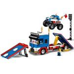 LEGO 31085 Stunt Truck Transporter 6
