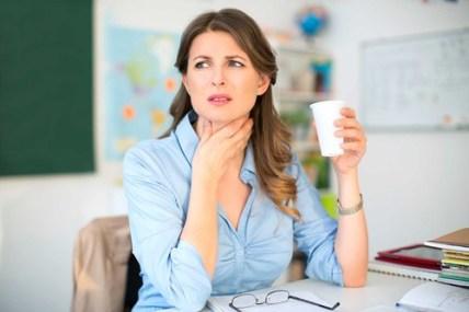 Cara Mengobati Sakit Tenggorokan Parah Dengan Jeruk Nipis