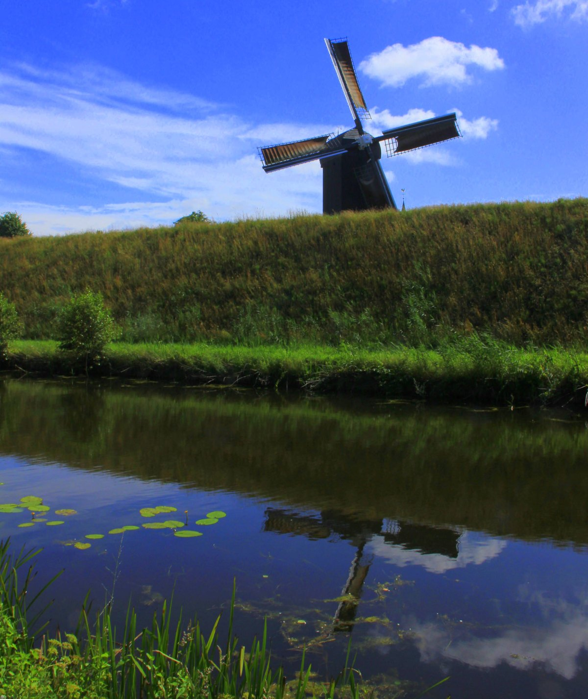 The windmill of fort bourtange is still functional