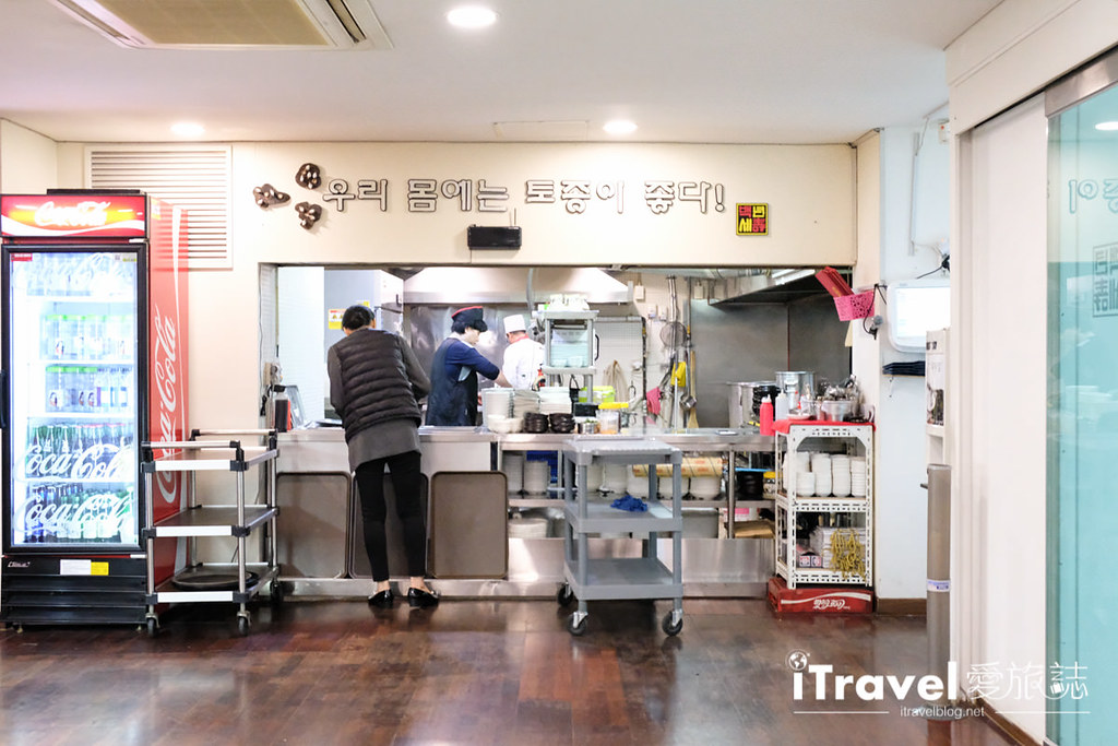 首爾美食餐廳 北村百年土種蔘雞湯 (14)