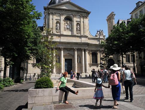 18e19 Sorbonne y barrio día veraniego_0096 variante Uti 485