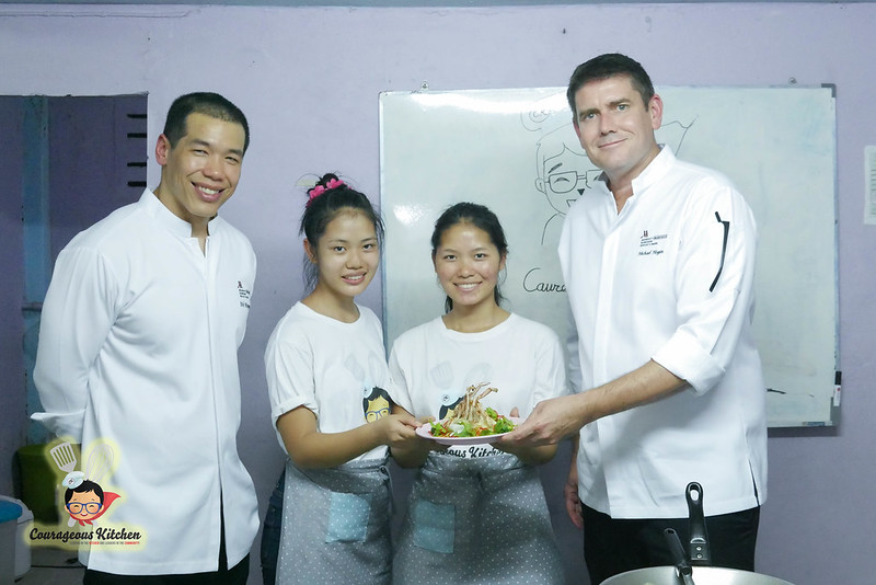bangkok hospitality food charity-2