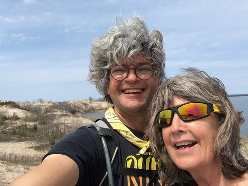 Sandbanks Linda and Pierre selfie on the dune