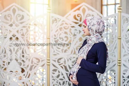 Tips Penting Bagi Ibu Hamil yang Berpuasa