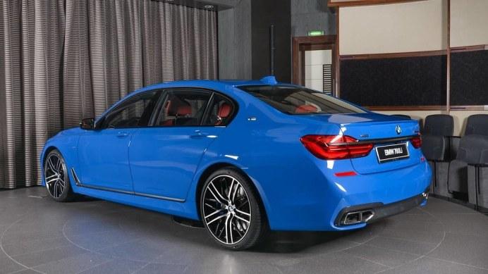 bmw-m760li-santorini-blue (2)