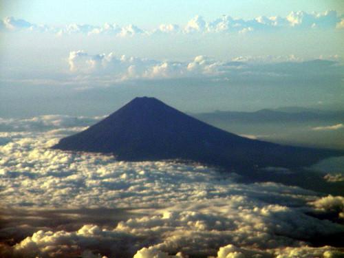 Fuji mendia egazkinetik ikusita