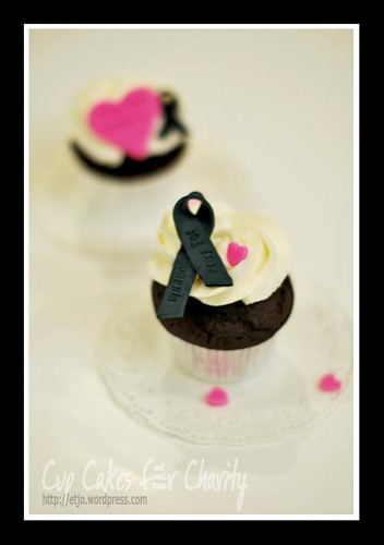 Black Ribbon Cup Cake